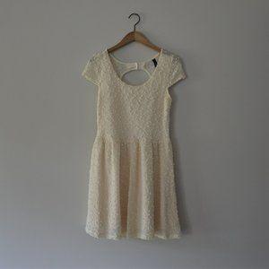 Jessica Simpson Ivory Pom Pom Short Sleeve Dress